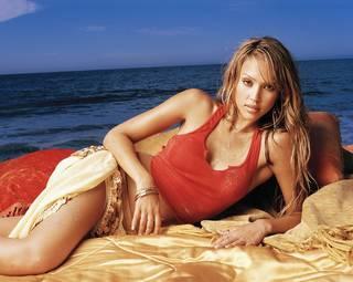 Jolie fille talentueuse Jessica Alba.