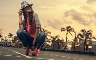 Graceful girl in hat.